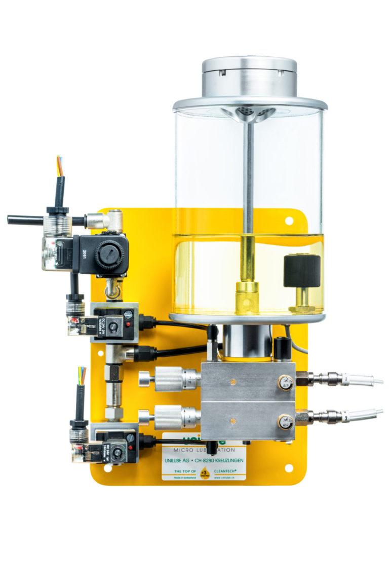 Zeigt ein Schmiersystem der Baureihe Jetlube, für den Einsatz von Minimalmengenschmierung.